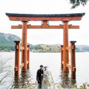 神前結婚式のカップルに遭遇することも!