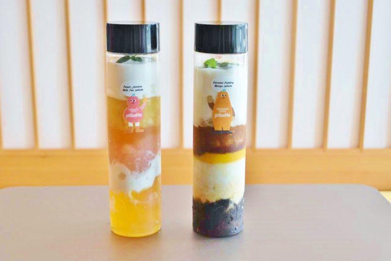 左から「ゴロっと白桃、ジャスミンミルクティージェラッテ 」(750円) 、「とぅるんとキャラメルプリンのマンゴージェラッテ 」(700円)。※税別