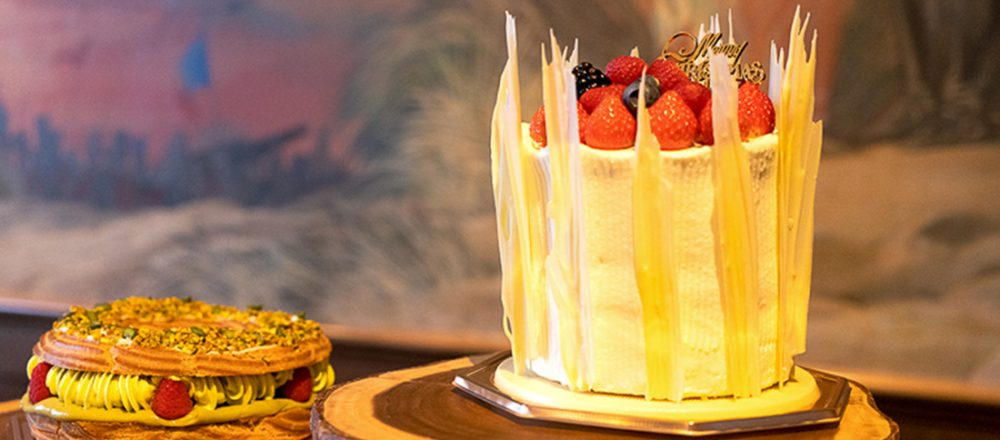 "<span>クリスマスケーキや「クリスマスディナーボックス」で、大切な人とおうちで豪華な聖夜を。</span> ""UNITED at HEART""をテーマに心をつなぐ〈ウェスティンホテル東京〉のクリスマスメニュー。"