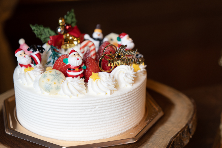 「サンタショートケーキ」直径15cm 5,300円。