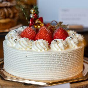「ストロベリーショートケーキ」直径15cm  5,100円。