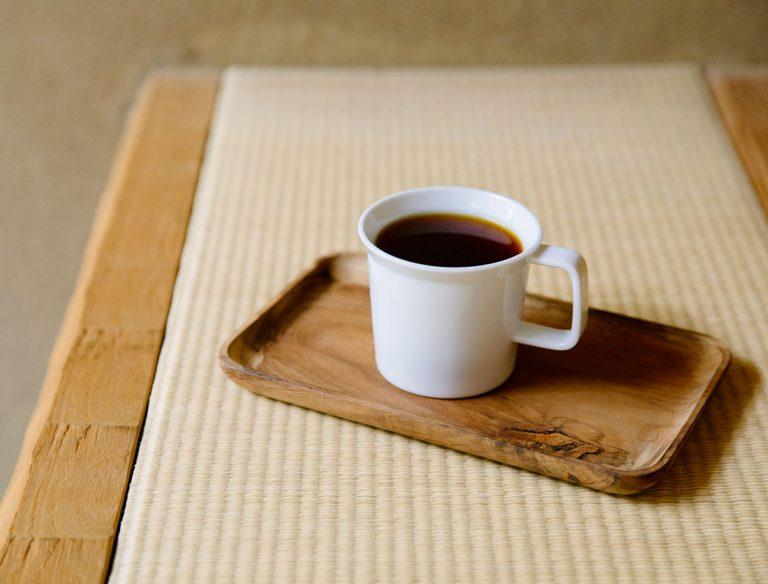 """<span class=""""title"""">WEEKENDERS COFFEE ROASTERY</span>"""