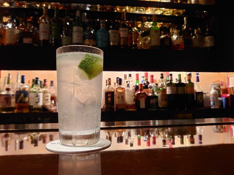 〈酒向 Bar(さこうバー)〉