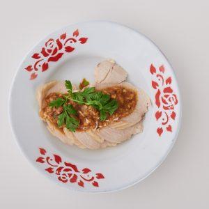 味噌、醤油のルーツ「醤(ひしお)」をアレンジ!料理家さんが考えた「茹で鶏とひしおの万能ソース」レシピ