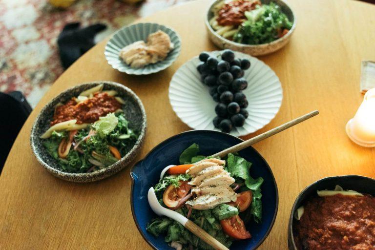 野菜中心でもこんなに豪華な食卓に。