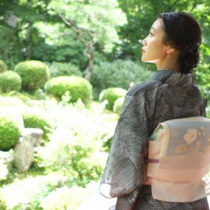 【京都】緑豊かな〈三千院〉へ。癒し空間でいただくお茶スポットも必見!