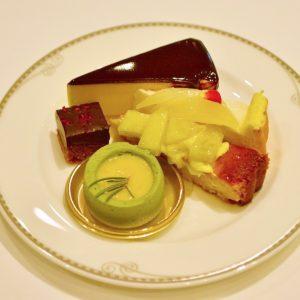 ホールケーキは全部で3種類。