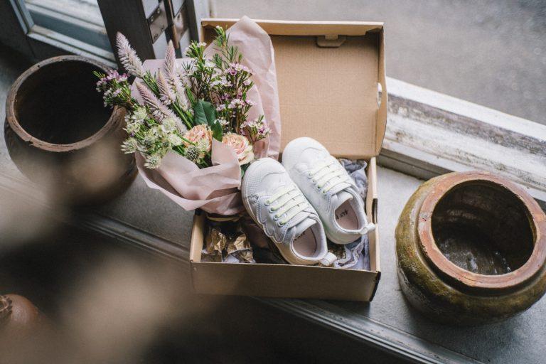 ユニコーンの新シリーズに登場したホワイトカラーの靴。展開は120mm〜155mm。白ユニコーン8030円(税込)。