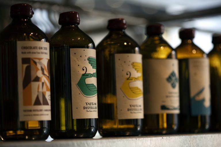 ナチュラルワインや発酵をほどこしたジュースなど、ペアリングを楽しむ提案も。