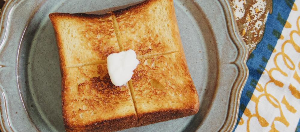 """渋谷〈hotel koe bakery〉から「フィナンシェ食パン」が登場。渋谷の丘の上で""""初めての食パン""""に出会う。"""