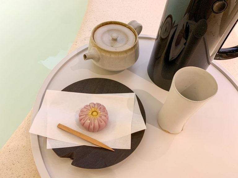 京都の上品な餡子を使った「練り切り」500円(税込)。