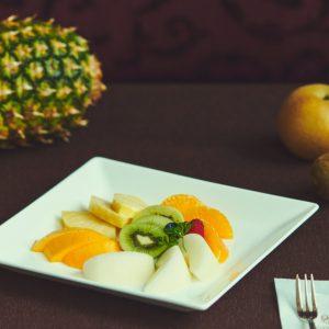 フルーツは切り方でおいしさが変わる。〈日本橋 千疋屋総本店〉直伝!『果汁たっぷりフルーツの切り方』