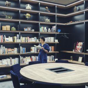 〈誠品生活日本橋〉が選書をした本棚がある部屋