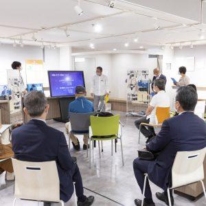 〈ミライロハウス TOKYO〉にて定期的に試着体験、座談会を行う。