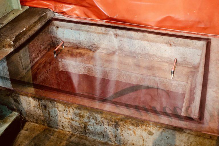 1901(明治34)年に造られ国登録有形文化財に指定されている「石蔵発酵槽」。