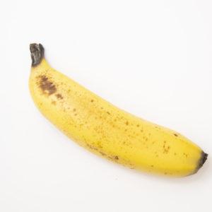 使用するのは1本1,000円の高級バナナ。