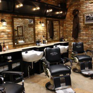 オフィス街で25店舗以上を展開する〈ヒロ銀座〉。