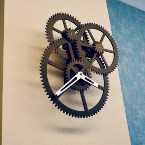 自転車のギアをイメージした時計。