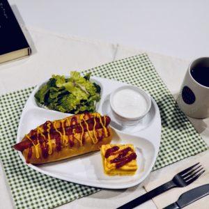 〈タリーズコーヒー〉 の「Tully's Breakfast Plate」847円。