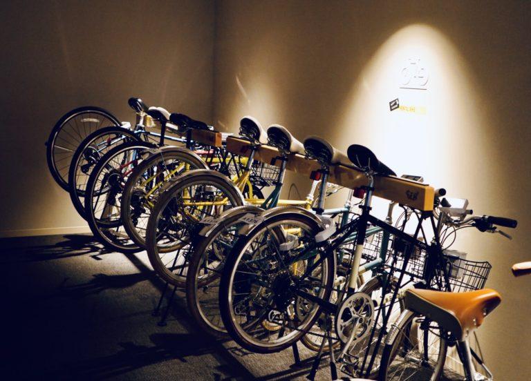 スマホで予約が完了する自転車の「シェアステーション」。宿泊者の自転車熱を感じて急に乗りたくなった人は借りてみて。