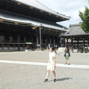 【京都】浄土真宗「真宗大谷派」の本山〈東本願寺〉を参拝。世界最大の木造建築、御影堂は圧巻!