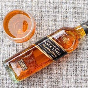 アレンジレシピにキュン!名品スコッチウイスキー「ジョニーウォーカー ブラックラベル12年」を堪能。