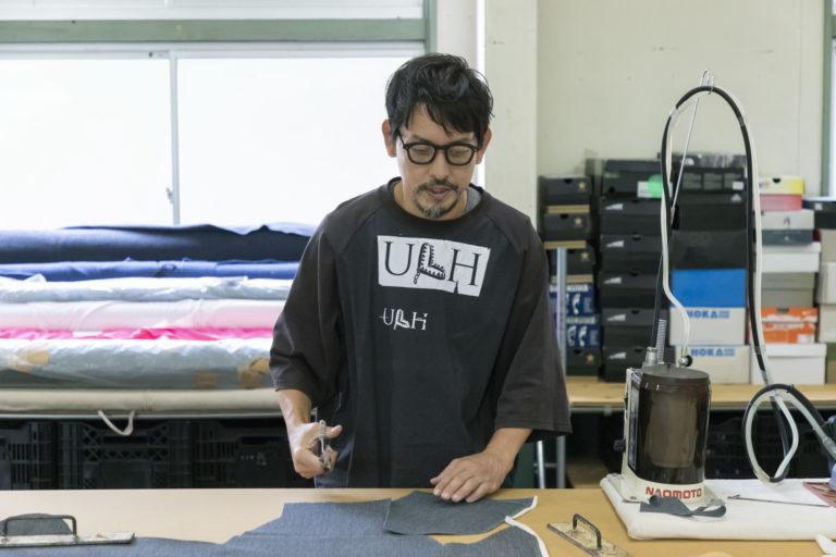 「場所を持つことで新しい物作りが生まれています(黒川さん)」割烹着やエプロン、羽織物などを仕立てる。布を持ち込みオーダーも可能。