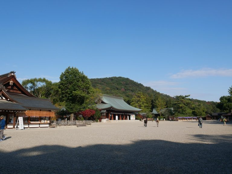 大和三山のひとつ畝傍山。