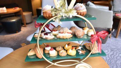 〈ヒルトン東京〉でクリスマス風のパンのランチ&アフタヌーンティー …