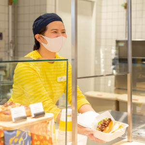 IKEA渋谷のスウェーデンビストロで販売するメニューは当面の間、テイクアウトのみでの提供。