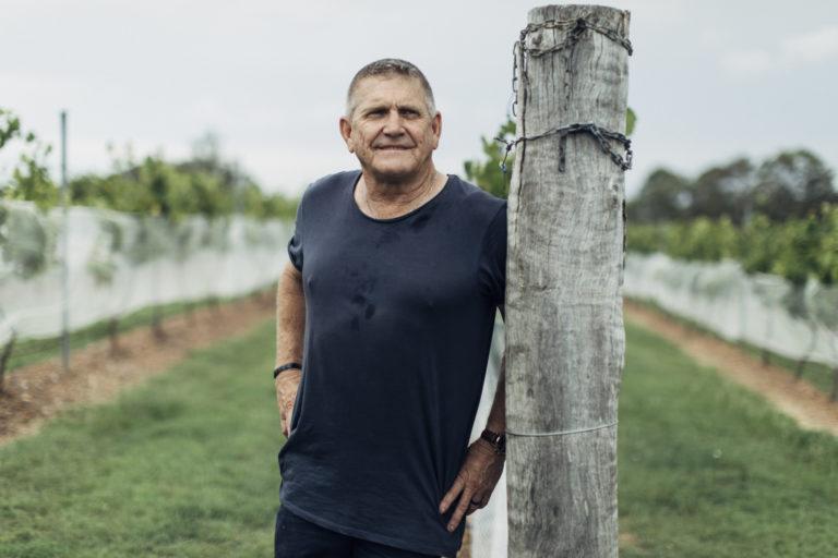 〈シロメィワイナリー〉チーフ・ワイン・メーカーのマイク・ヘイズさん。