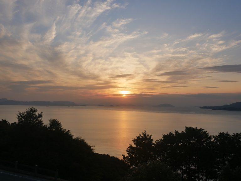 途中雲に隠れてしまったけど、キレイな夕陽!