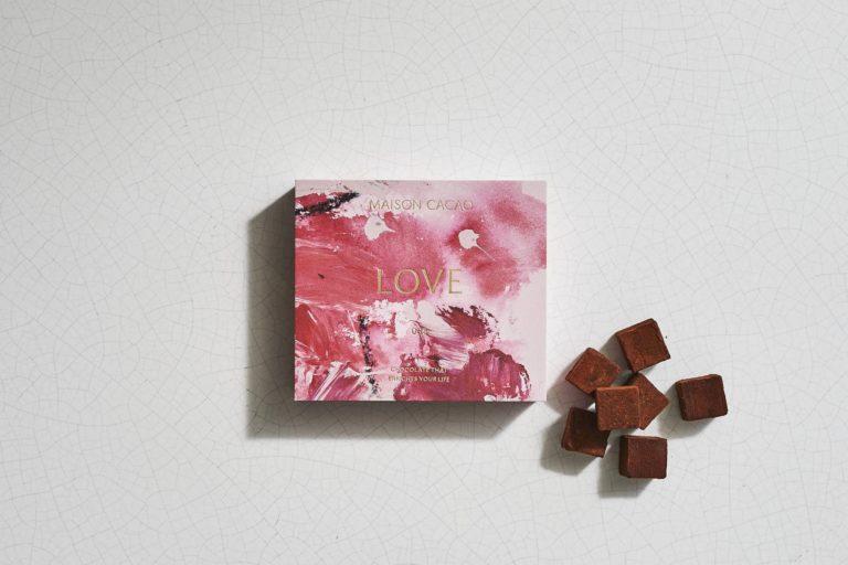 LOVE(桃)2,400円。