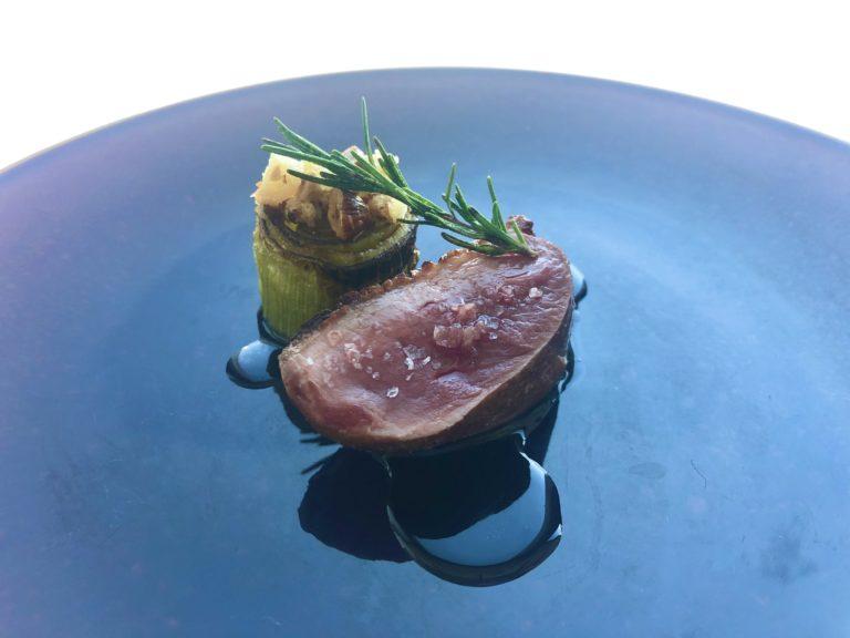 「フランス産鴨胸肉のロースト」