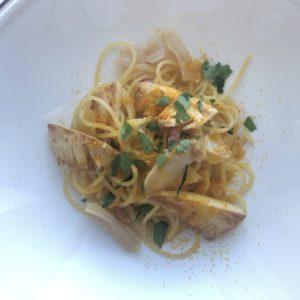 「新筍とみる貝、からすみのスパゲッティーニ」