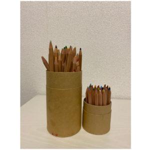 〈無印良品〉の色鉛筆。