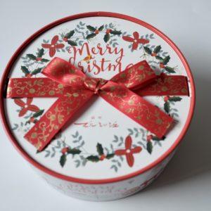 「クリスマスBOX(L)」1,100円。