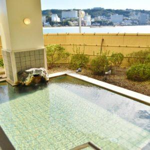「松風」の露天風呂。