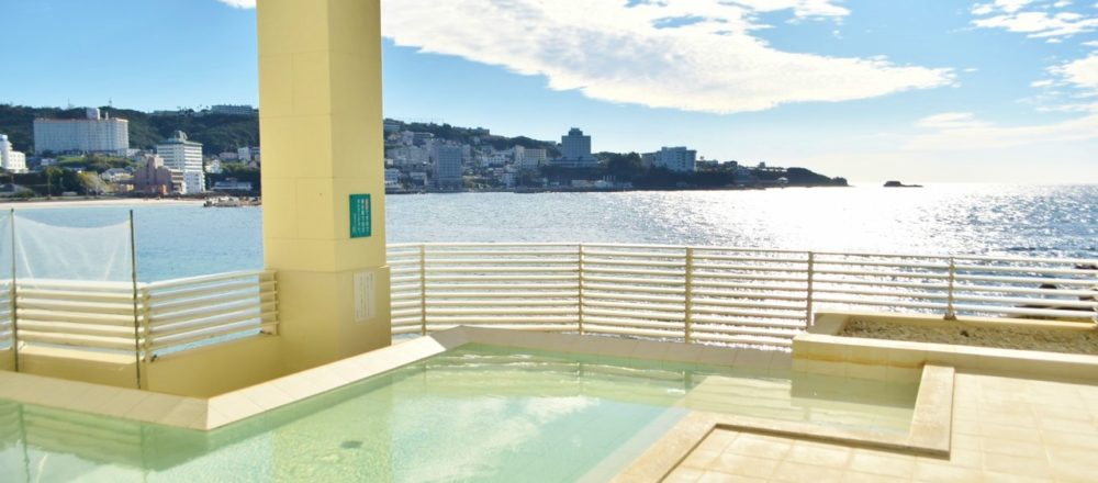 南紀白浜〈白良荘グランドホテル〉で極上グルメと温泉三昧の旅!