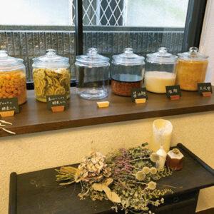 1.〈フジハン醤油〉の発酵教室