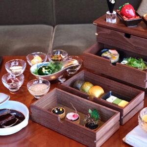 まるで美味の宝箱!〈帝国ホテル東京〉料理長考案の「BENTO ~新春寿(ことほ)ぎの巻2021~」。