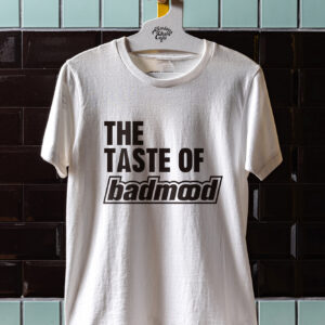 Tシャツ 5,280円。