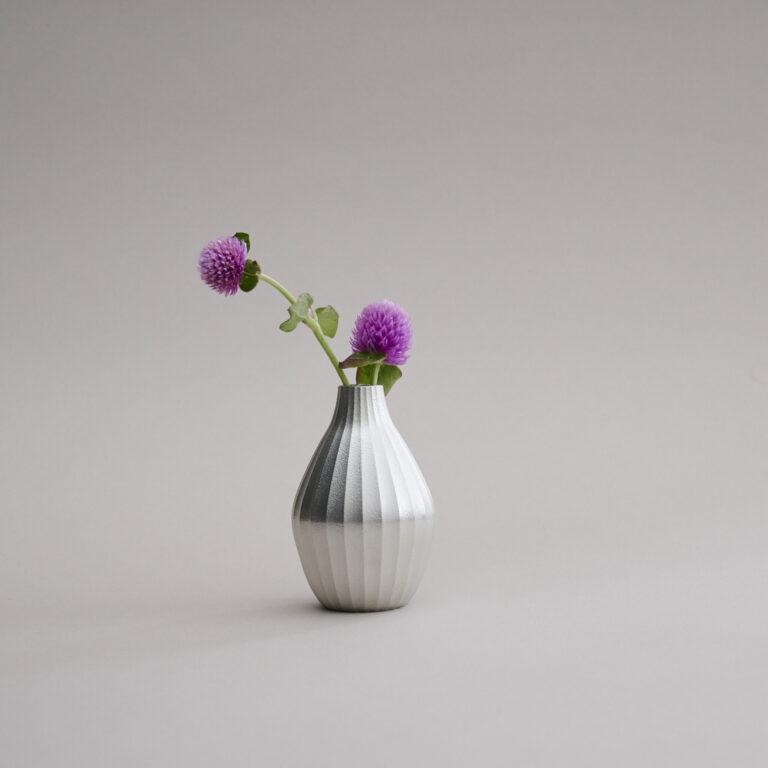 錫 花瓶10,000円(和光)