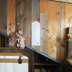 〈かみさまとおうち〉の貼る神棚「鳥居」