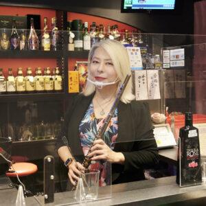 ニューハーフ転身後、女性のための癒しのバーをオープン。〈浅草ロゼ〉レイちゃんママがこれからチャレンジしたいことは?