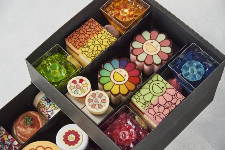 """おうちで""""お花""""の世界を再現できるアフタヌーンティーのテイクアウトボックス。"""