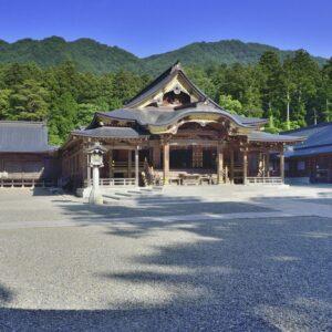 彌彦神社-拝殿祈祷殿