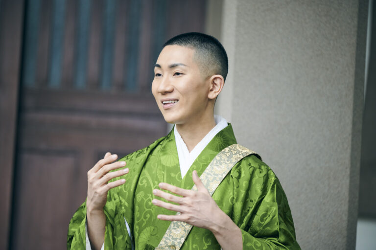 僧侶・西村宏堂さん