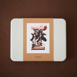 りんごのみずみずしい食感とアーモンドの香ばしいハーモニーが美味な「リンゴ」1,834円。