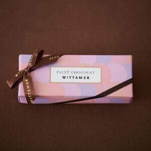 気軽に贈れるサイズ感とプライスがうれしい。「パレショコラ(ルビー&フレーズ)」1,000円